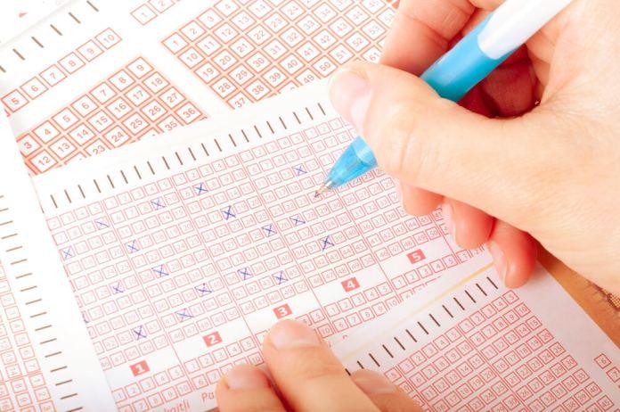 Житель Нью-Джерси нашел лотерейный билет на $ 24 млн в старой рубашке