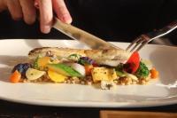 Risultati immagini per alimenti per la salute della tiroide