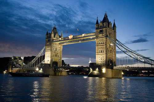 most-amazing-bridge-8th-Tower-Bridge-UK-Most-Famous-and-Beautiful-Victorian-Bridge