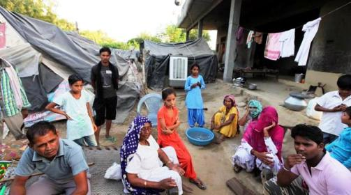 Dalit families of Mirchpur living on tents at Tanwar Farm on Rajgarh road in Hisar after riots in Mirchpur village in district Hisar, September 10 2015. Express Photo by Kamleshwar Singh