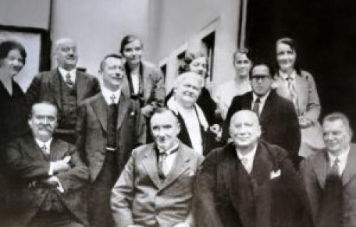 ambedkar-with-his-teachers-and-friends-at-teachers-at-the-london-school-of-economics