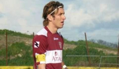 Il Paternò calcio ha ufficializzato la riconferma dell'attaccante, ex Nocerina, Salvatore Cocuzza, classe '87, ha indossato la maglia rossonera nella stagione 2007/2008 con cui ha collezionato 12 presenze ed 1 […]