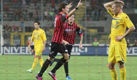 L'ex attaccante della Nocerina, Kris Jogan (classe '91), è stato ingaggiato dalla Gemonese calcio, squadra militante nel campionato di Eccellenza del Friuli-Venezia Giulia. Jogan ha vestito la maglia rossonera nella […]
