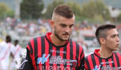 Petar Juzvisen Kostadinovićè ufficialmente un nuovo giocatore della Liventina squadra militante nel campionato di Eccellenza veneta. L'esperto difensore centrale croato, classe 1992, ha vestito la maglia rossonera nelle stagioni tra […]