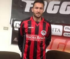L'U.S. Marcianise comunica la conferma dell'eterno capitano Pietro Famiano, attaccante classe 1983. Ex Nocerina, ha indossato la maglia rossonera nella stagione 2004/2005 collezionando 14 presenze.