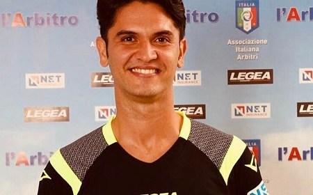 La FIGC ha disposto l'osservanza di un minuto di raccoglimento in memoria di Daniele De Santis, l'arbitro di CAN C della Sezione AIA di Lecce scomparso tragicamente a seguito di […]