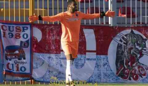 La Nocerina calcio comunica di aver acquisito le prestazioni sportive del calciatore Rashed Al –Tumi (foto Salento Sport).Al-Tumi è un portiere nato il 14/10/2000 a Malta. Stazza fisica importante 197cm […]