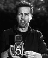 edward-norton-and-a-rolleiflex