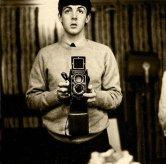 paul-mccartney-self-portrait-with-a-twin-reflex-camera