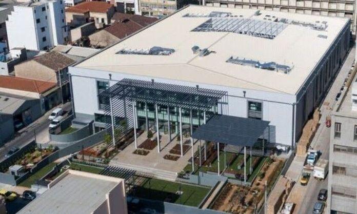 Τα εντυπωσιακά γραφεία στο πρώην εργοστάσιο της Παπαστράτος (pic, vids)