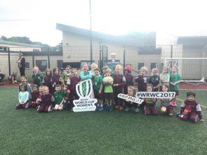 women-rugbyWC-team-17-02