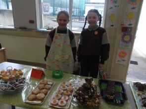 Bake Sale in 4th Class 2018 - 16