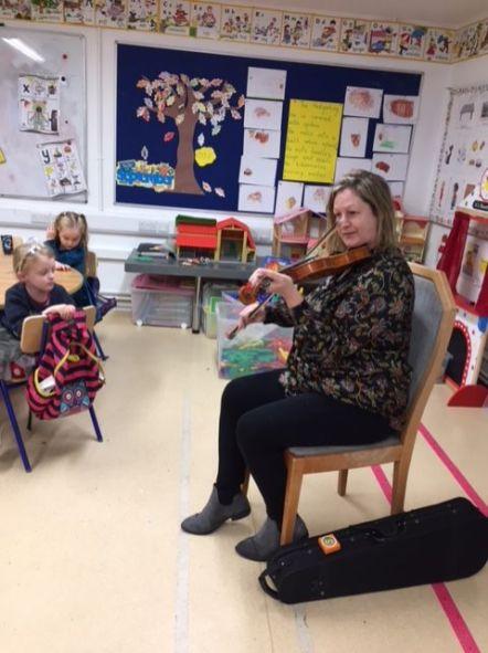 Musical recital with Evans mother JI 2018 - 01