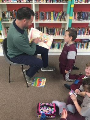Story reading in the library- JI - 18
