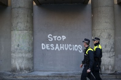 Stop Desahucious (Stop Eviction) is a movement all across Spain that helps people to fight back against the government from being evicted. It was started and is made up of people who have been evicted as a result of the crisis.