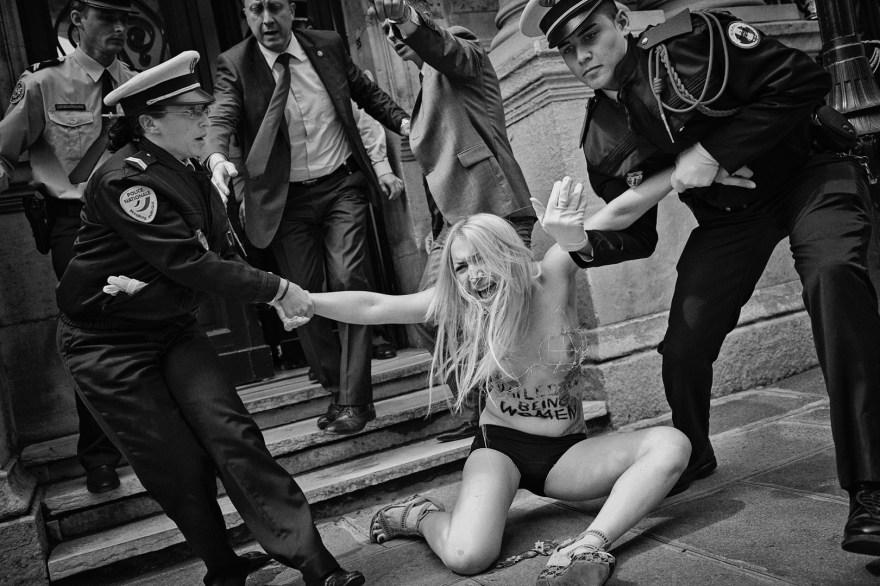 LN.Femen.0005_1080