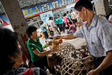 Xingping, marketplace.