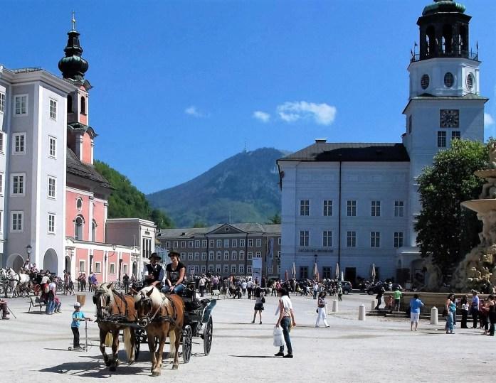 Heinz-Salzburger Domplatz