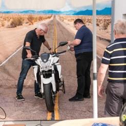4 Aufstellen des Motorrads