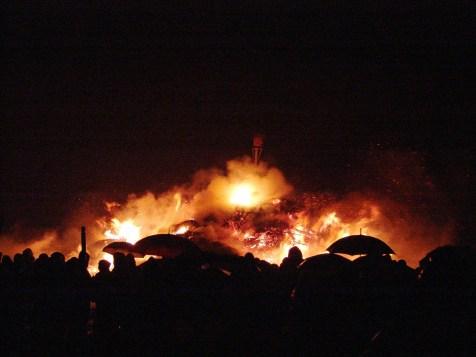 Feuer-Gerd-Biikefeuer auf Sylt