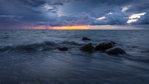 296_Torsten_Wave_And_Stones
