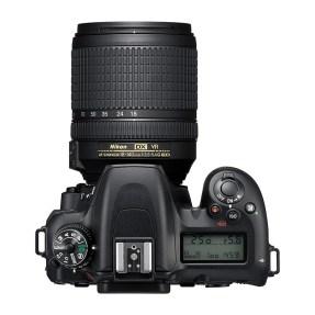 Nikon D7500 + AF-S 18-140mm VR-4723