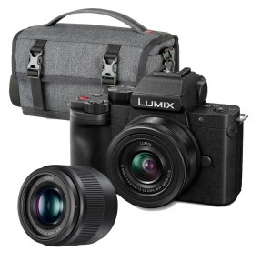 Panasonic LUMIX DC-G100 + 12-32mm incl. 25mm F/1.7 en Schoudertas
