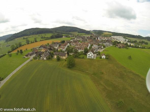 Luftaufnahmen DJI Phantom - GoPro Hero 3 - Lufingen