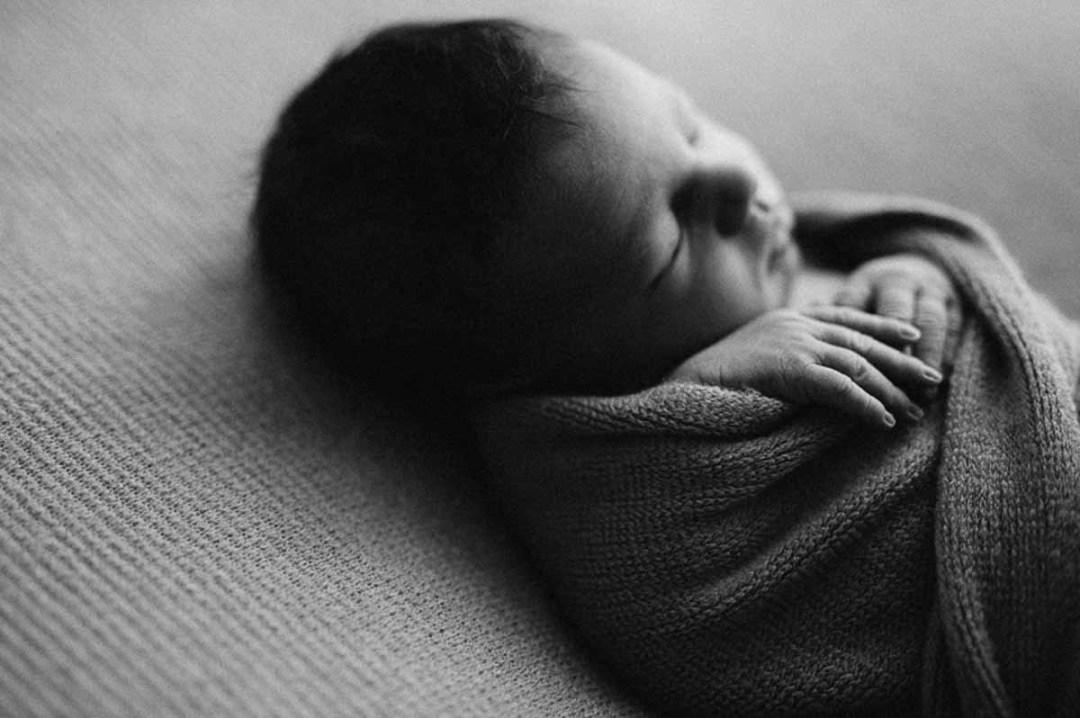 flere års erfaring med nyfødt fotografering i Viborg