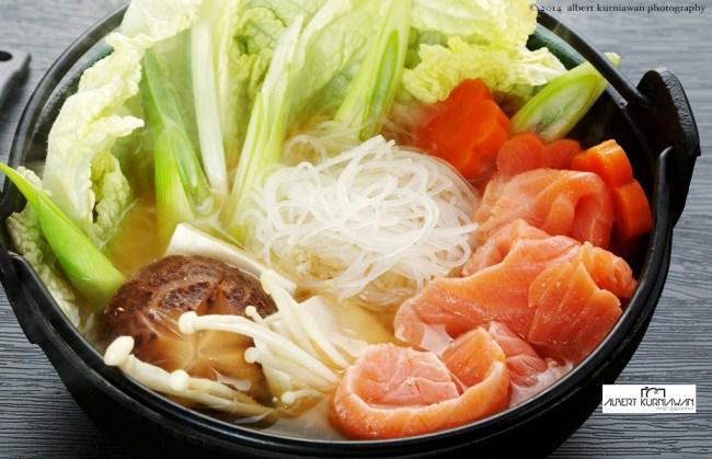 maru-dining-salmon-sukiyaki