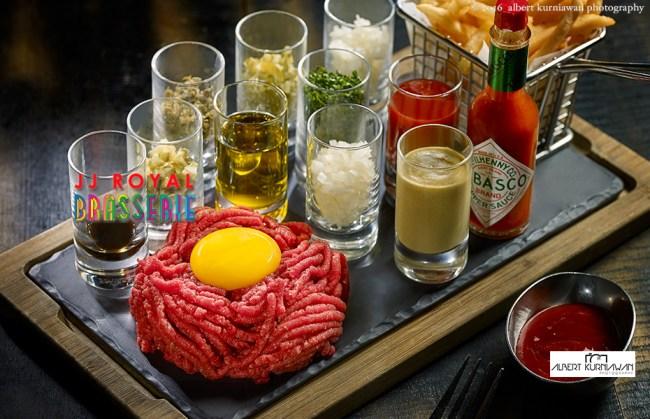 akp-JJRoyal-Brasserie-classic-beef-tar-tar