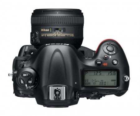 Nikon D4 Top 450x372 A Nikon D4   Concebida para expandir os limites