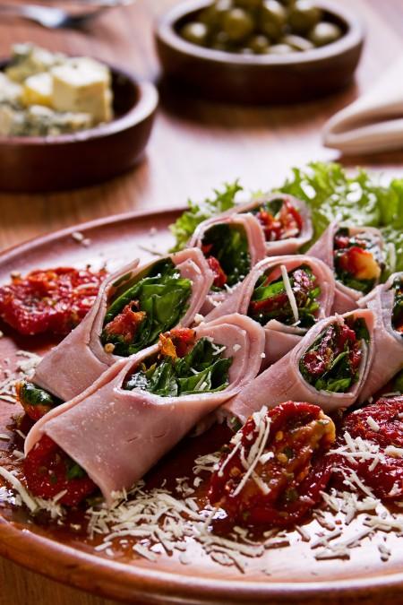 Imagem 04 Salada enroladinho italiano 6354 450x675 Enquadramento na fotografia de culinária
