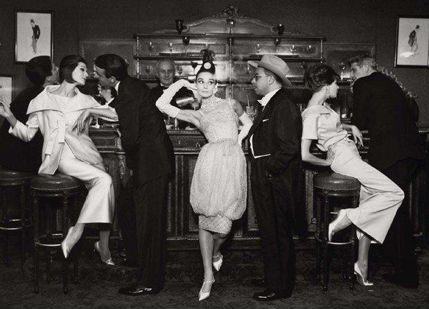 Audrey Hepburn para a Maxim em Julho de 1959, por Richard Avedon.