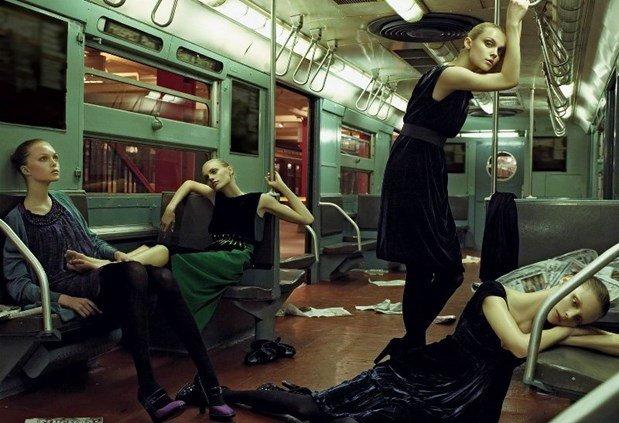 Campanha de Outono/Inverno 2008 da Alberta Ferretti, por Steven Meisel.
