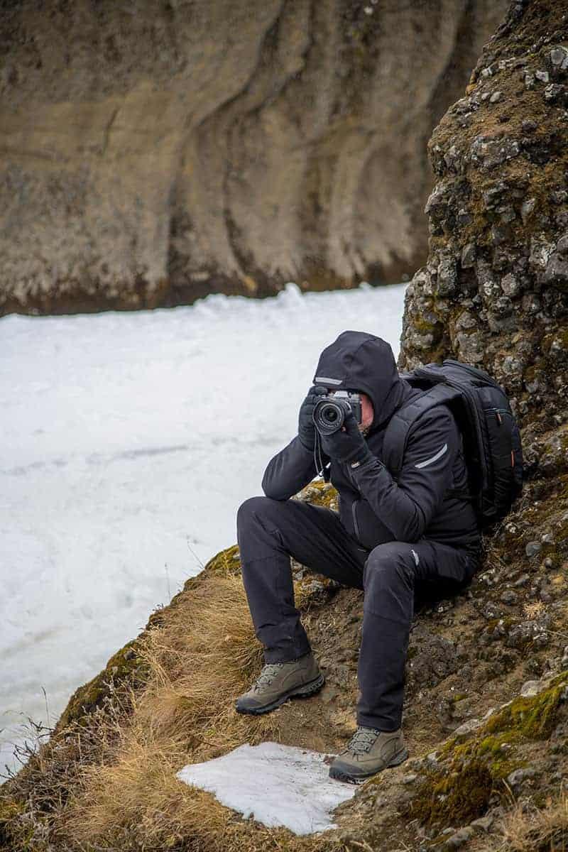 Fotografiereizen IJsland Ronald bij kloof