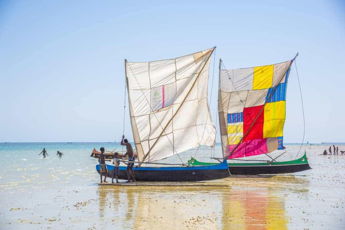 Fotoreis Madagaskar Ifaty vissersboor met kleurige zeilen