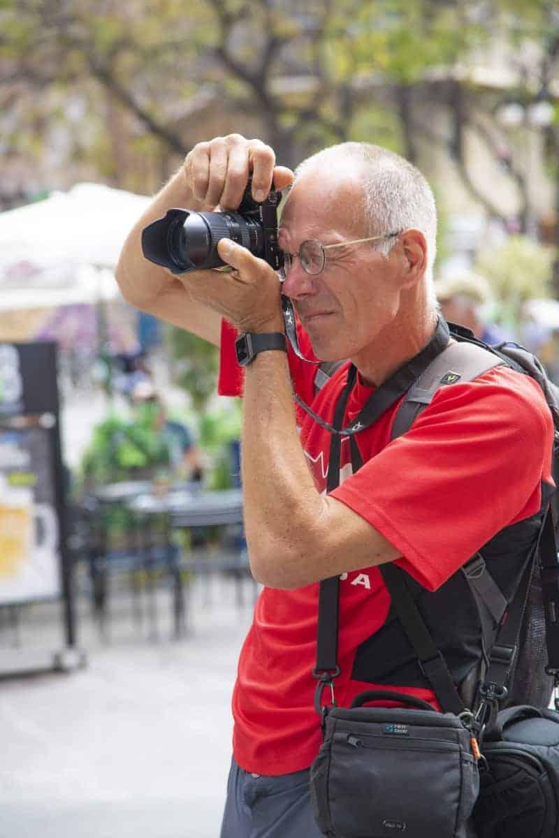 Fotoreizen Valencia Roelof in de straat