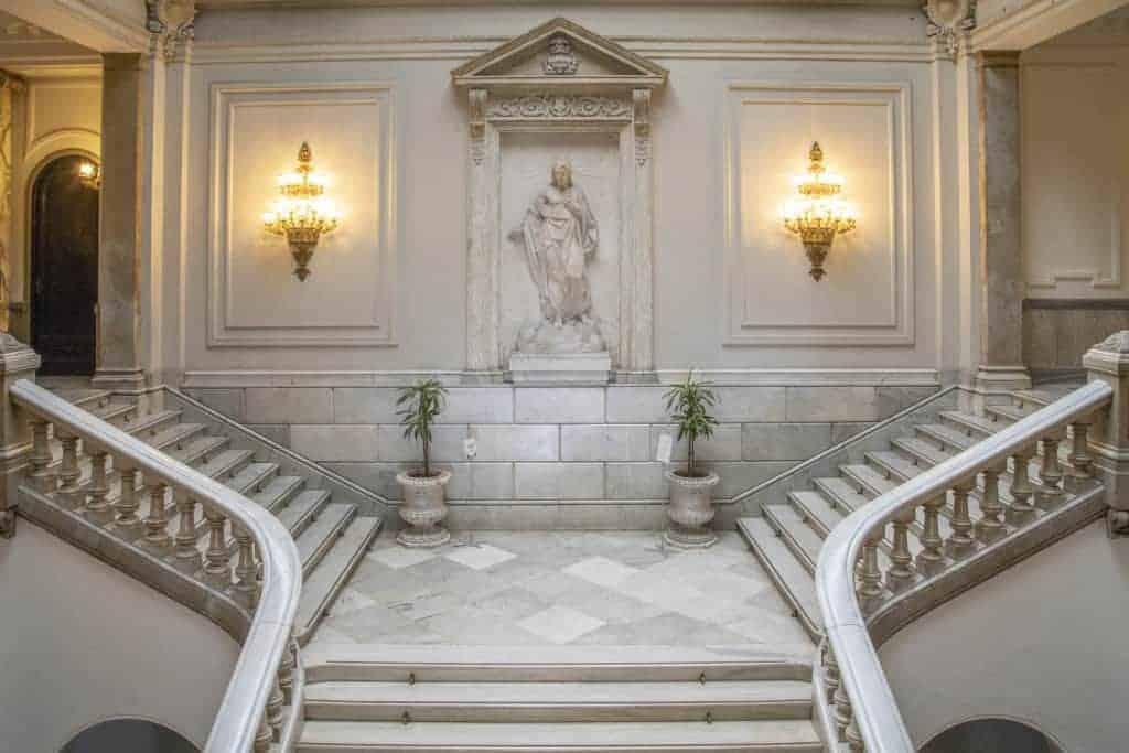 Fotostedentrip Valencia trap gemeentehuis
