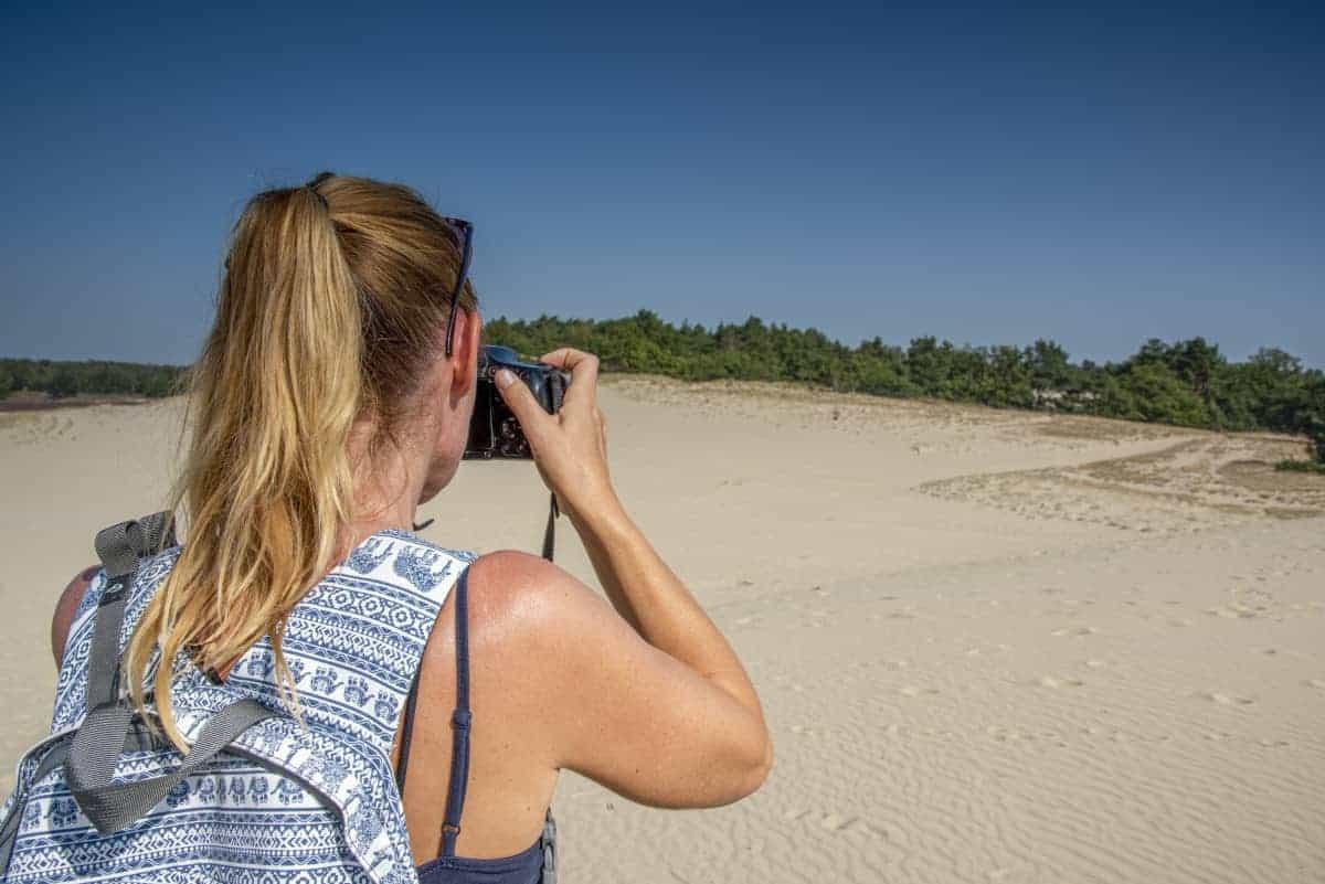 Evelien aan het fotograferen tijdens het Fotoweekend Brabant