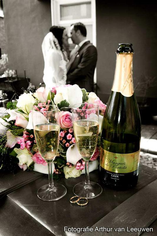 champagne en bruidbloemen