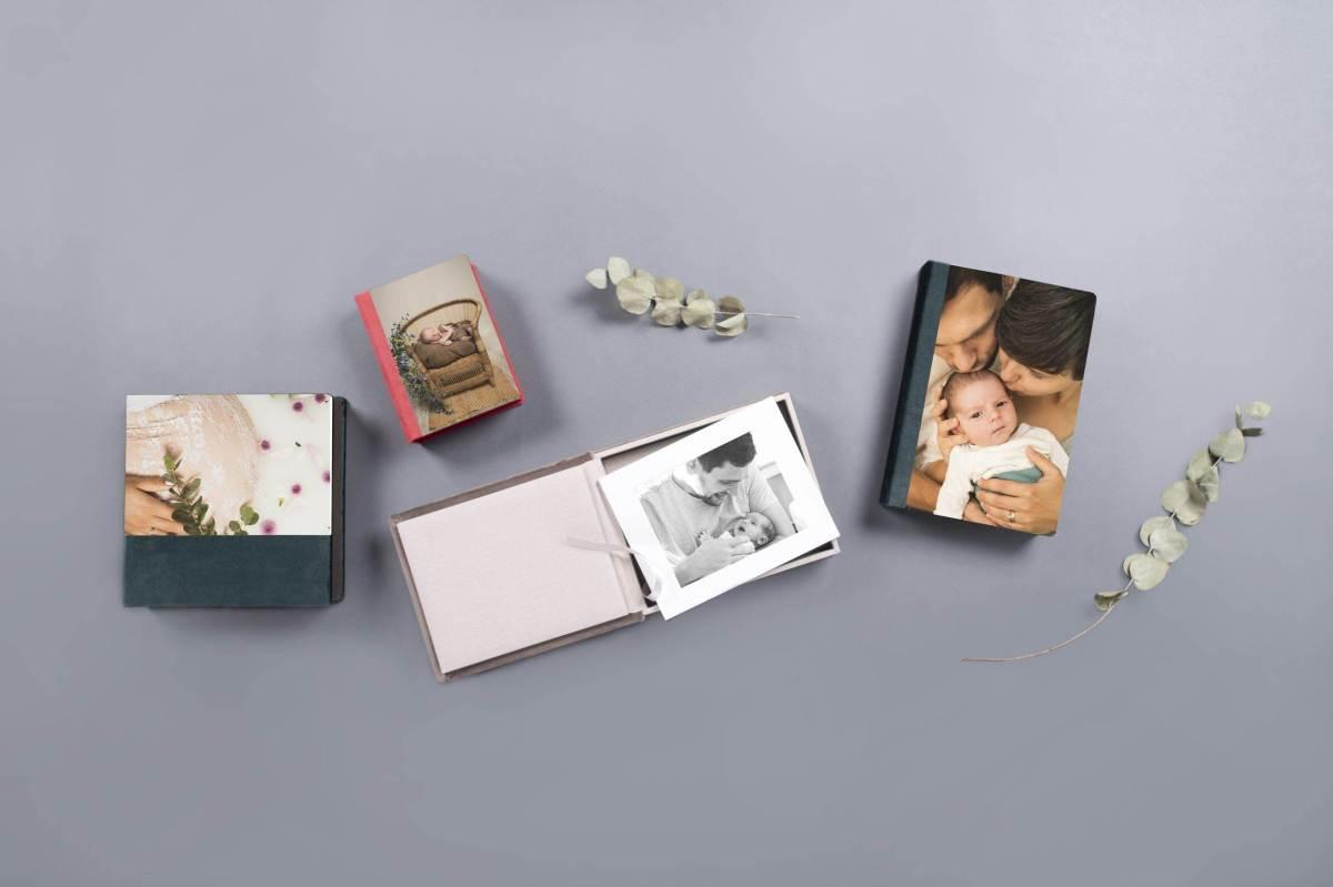 Foliobox Acrylic 6 DE2 scaled - Baby Fotografin Daniela Wulf - Deine Neugeborenen- und Familien Fotografin mit Herz für Bremen, Achim, Verden, Bruchhausen-Vilsen umzu- 2021