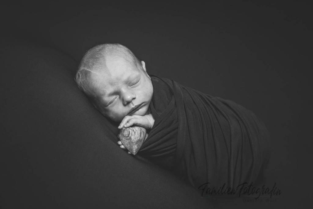 cby danielawulf cby danielawulf 2020 IMG 9974swm - Baby Fotografin Daniela Wulf - Deine Neugeborenen- und Familien Fotografin mit Herz für Bremen, Achim, Verden, Bruchhausen-Vilsen umzu- 2021