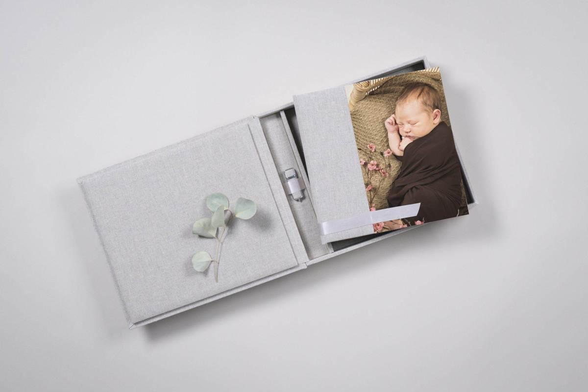 DSC5299 scaled - Baby Fotografin Daniela Wulf - Deine Neugeborenen- und Familien Fotografin mit Herz für Bremen, Achim, Verden, Bruchhausen-Vilsen umzu- 2021