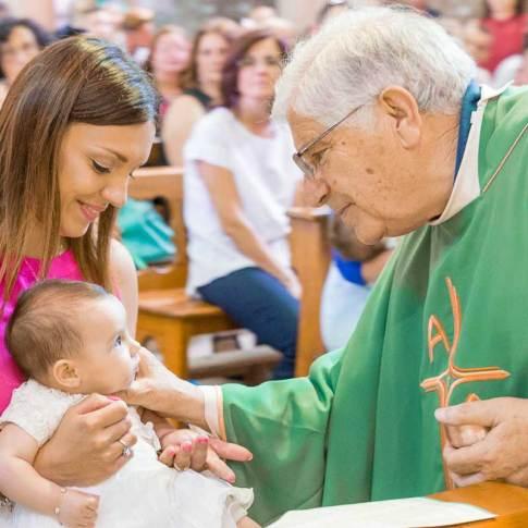 Fotografia Battesimo a Bari chiesa san salvatore