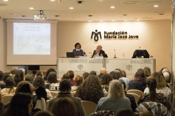 asistentes a la charla de Cristina López Villar, Profesora de la Facultad de INEF en A Coruña