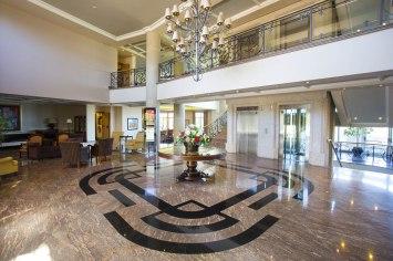 Gran Hotel los Abetos, Hall