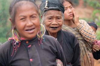 Kmen Eng, vesnice Pan Lu
