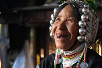 Akhové, Barma
