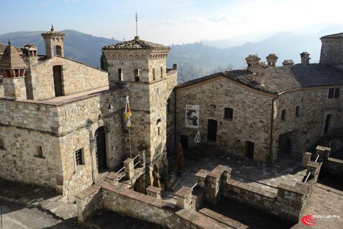 Borgo Medievale di Votigno di Canossa